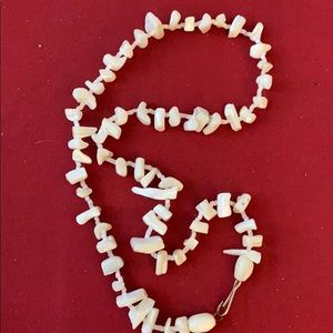 Vintage bohemian shell chards necklace
